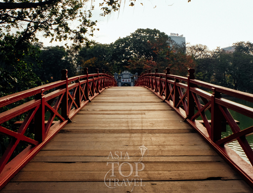 The Huc Bridge - Hanoi