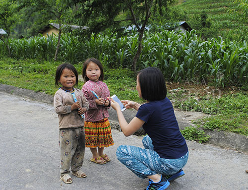 Ethnic children we met along the way in Ha Giang